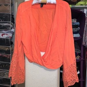 H&M cropped bell sleeved blouse